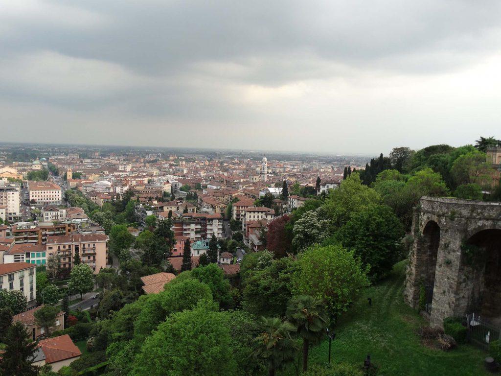 Вид на Бергамо