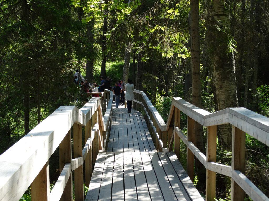 Деревянные мостки через проток Кедрон