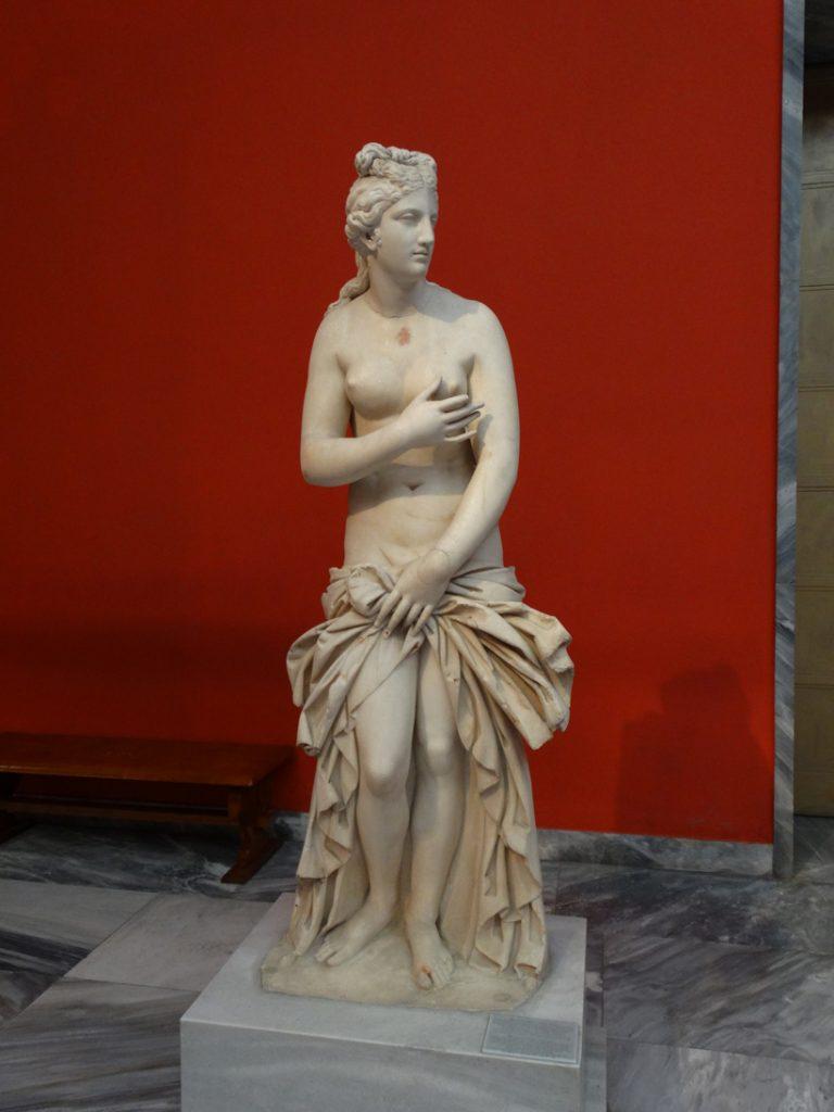 Венера Стыдливая