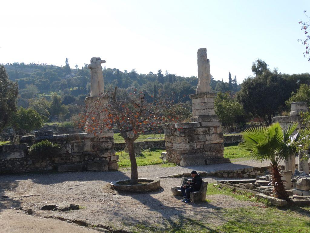 Руины ОдеонаАгриппа
