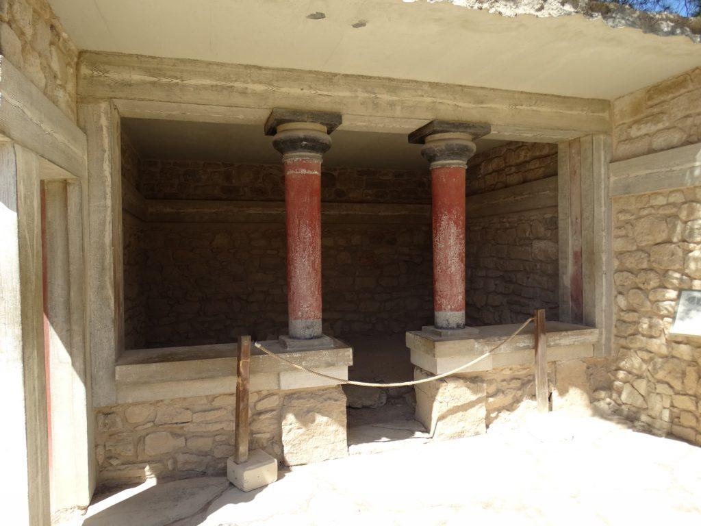 Дом Священного алтаря.